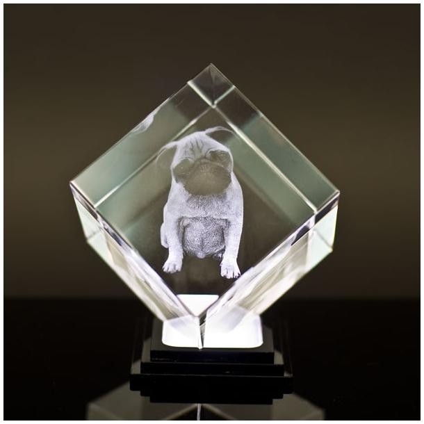 Glasblok terning med afskåret hjørne - 8 x 8 x 8 cm